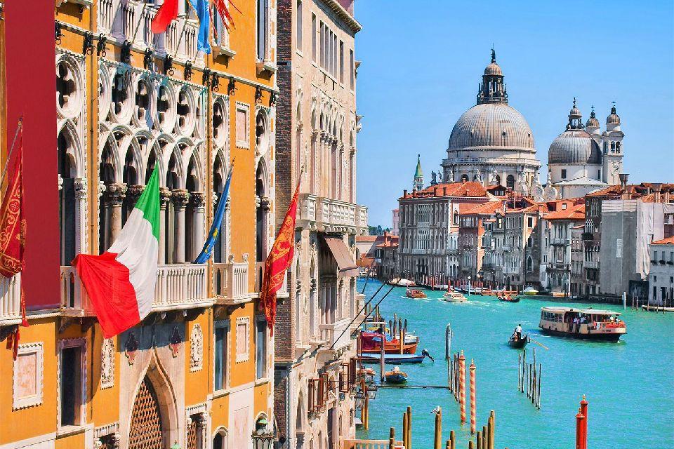 Le Grand Canal de Venise , Italie