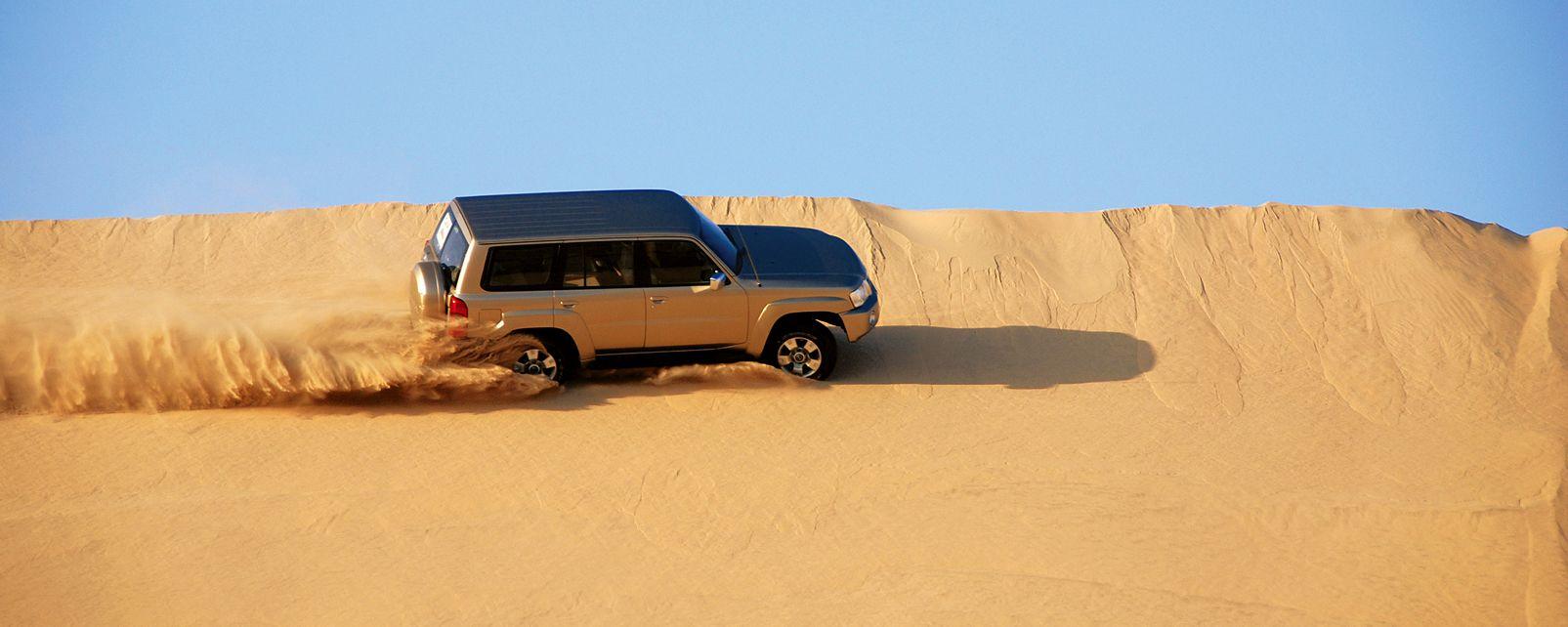 Le Dune Bashing dans le désert qatari , Qatar
