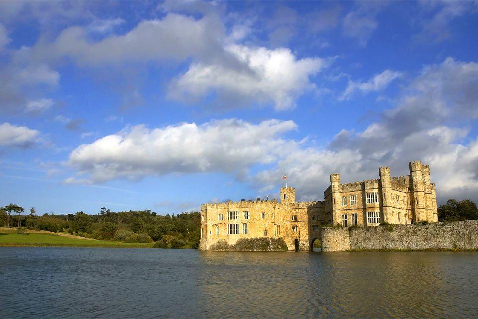 Le Château de Leeds , Vue du château depuis le nord-ouest , Royaume-Uni