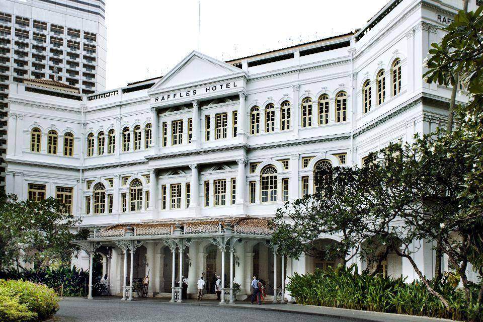 Le Long bar du Raffles et son Singapore Sling , Singapour
