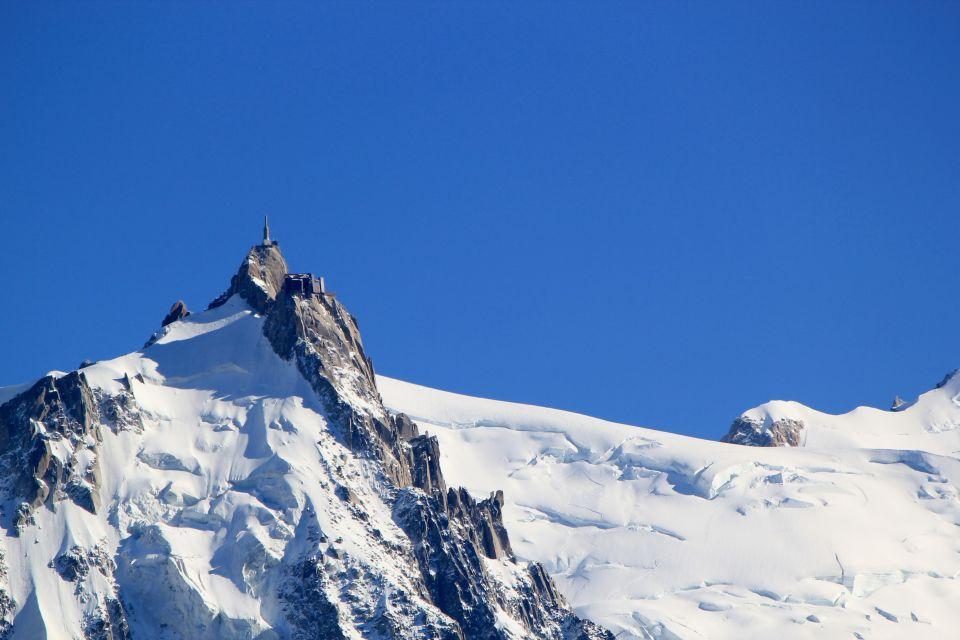 L'Aiguille du Midi , L'Aiguille et sa tour , France