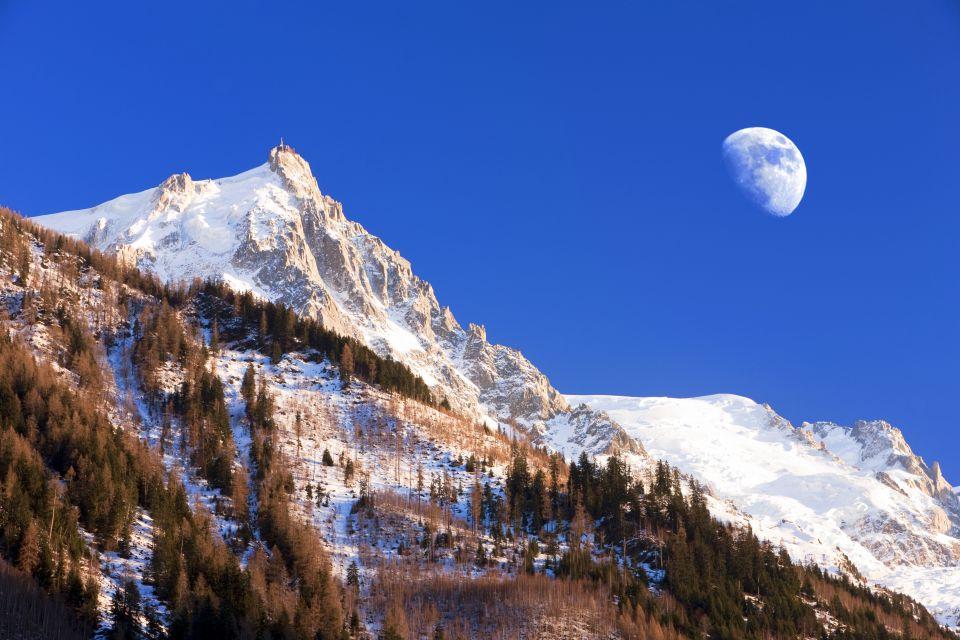 L'Aiguille du Midi , France