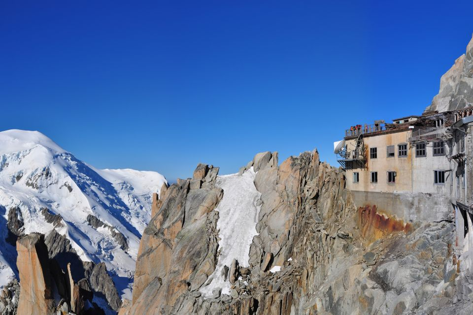L'Aiguille du Midi , Aiguille et tourisme , France