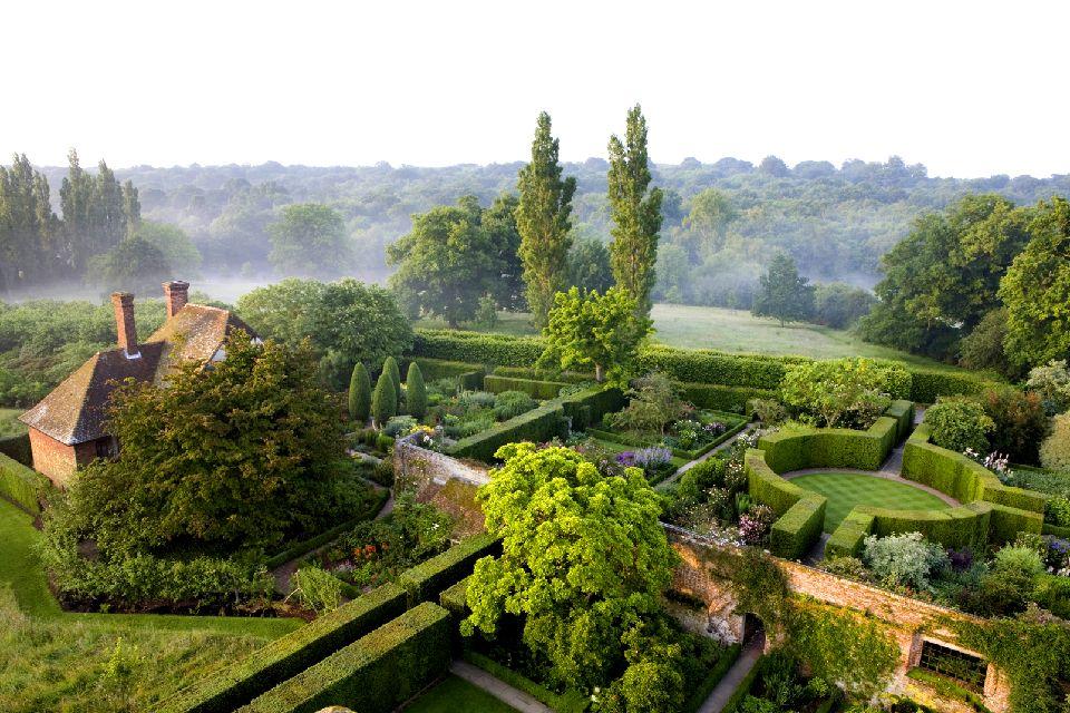 Sissinghurst Castle Garden , Vue aérienne du jardin , Royaume-Uni