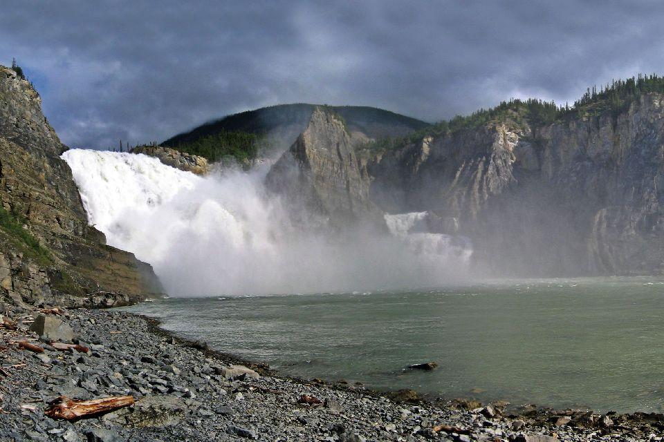 Parc national de Nahanni , Canada