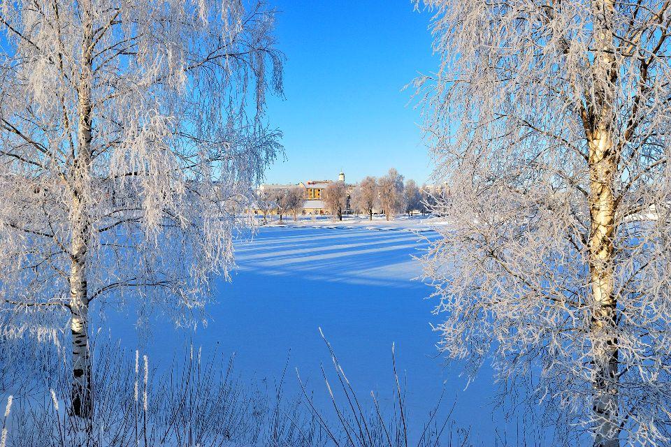 La région des lacs , Finlande