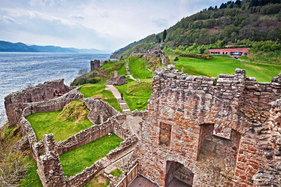 Urquhart castle , Une page d'histoire , Royaume-Uni