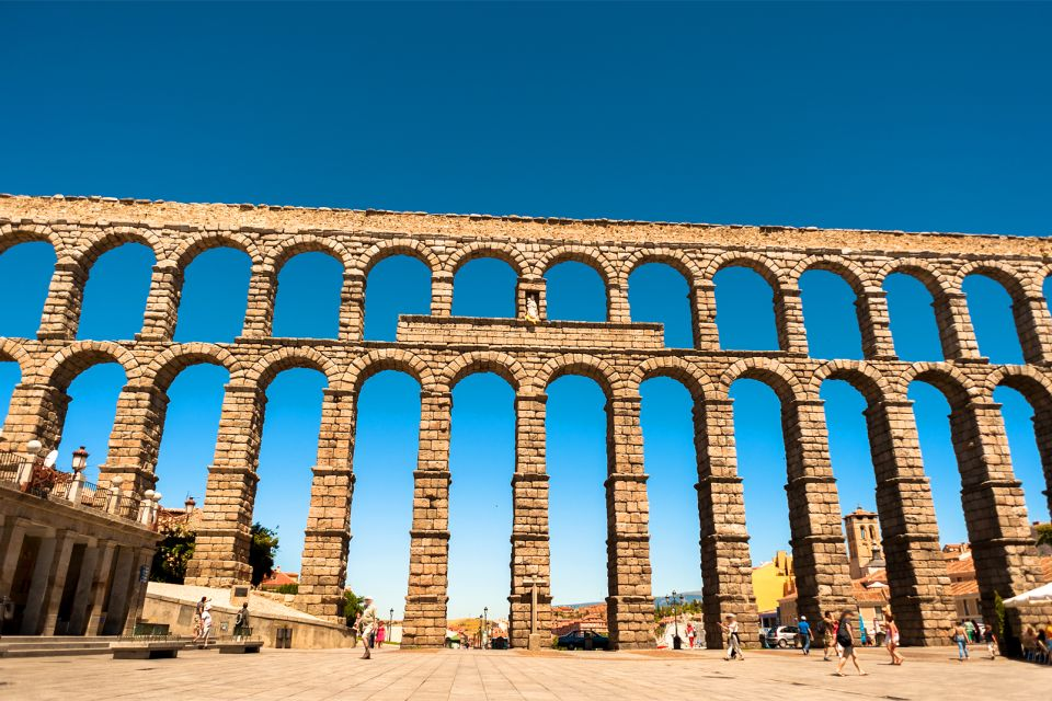 Les monuments, Travel, Tourism, Iberian, Aqueduct, Roman, The Past, Ancient, Famous Place, Construction Industry, Architecture, Segovia, Spain, Granite, Town, Angie Stone