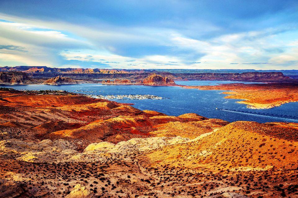 Le lac Powell , Etats-Unis