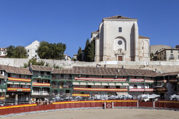 La Plaza Mayor de Chinchon , Espagne