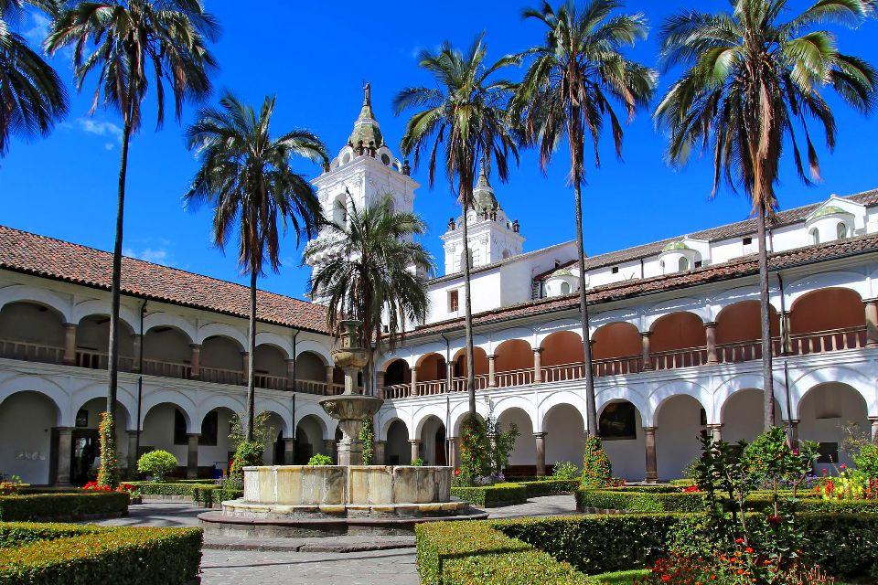 Le centre historique de Quito , Equateur et Galapagos