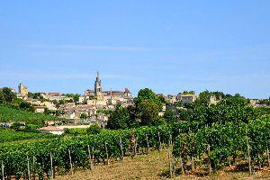 L'église monolithe de Saint-Émilion , France