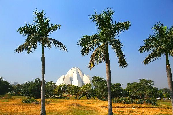 Le Temple du Lotus, à Bahapur , Inde