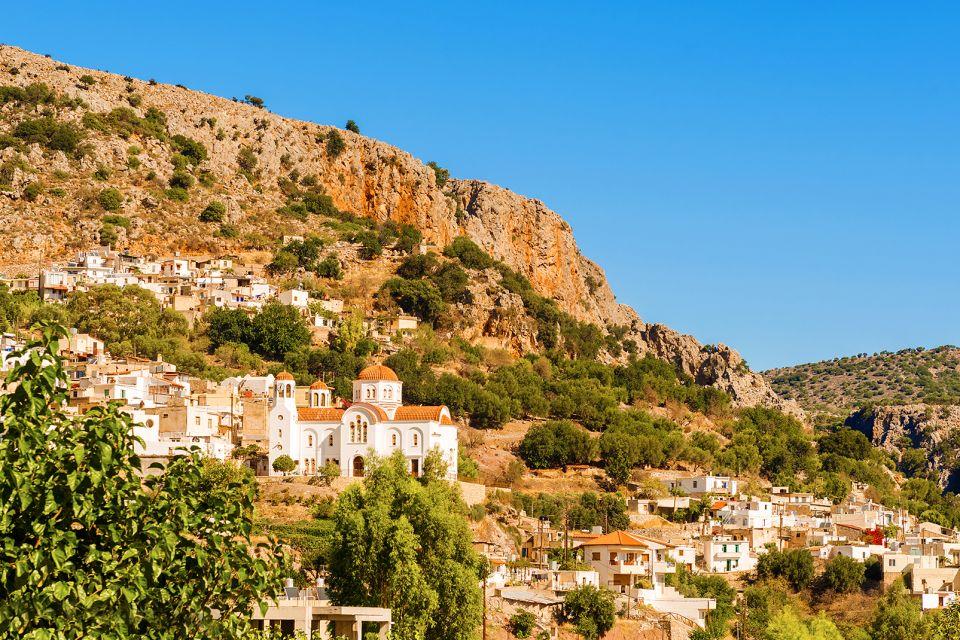 Les montagnes peuplées, Les massifs calcaires, Les paysages, Crète