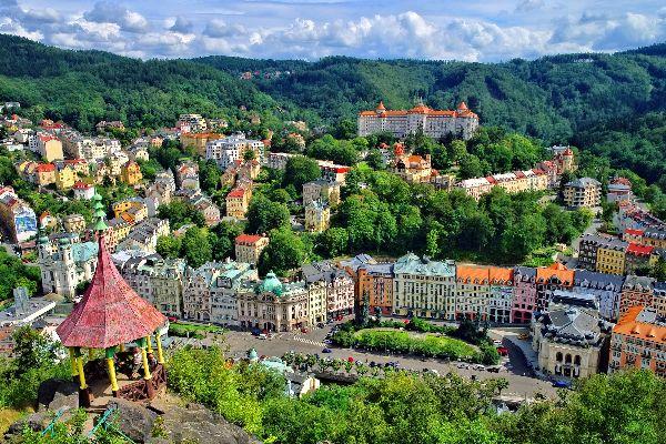 La station thermale de Karlovy Vary , République tchèque