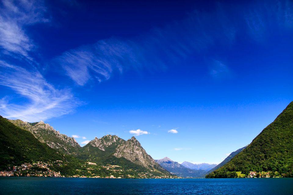 Le lac de Lugano , Suisse