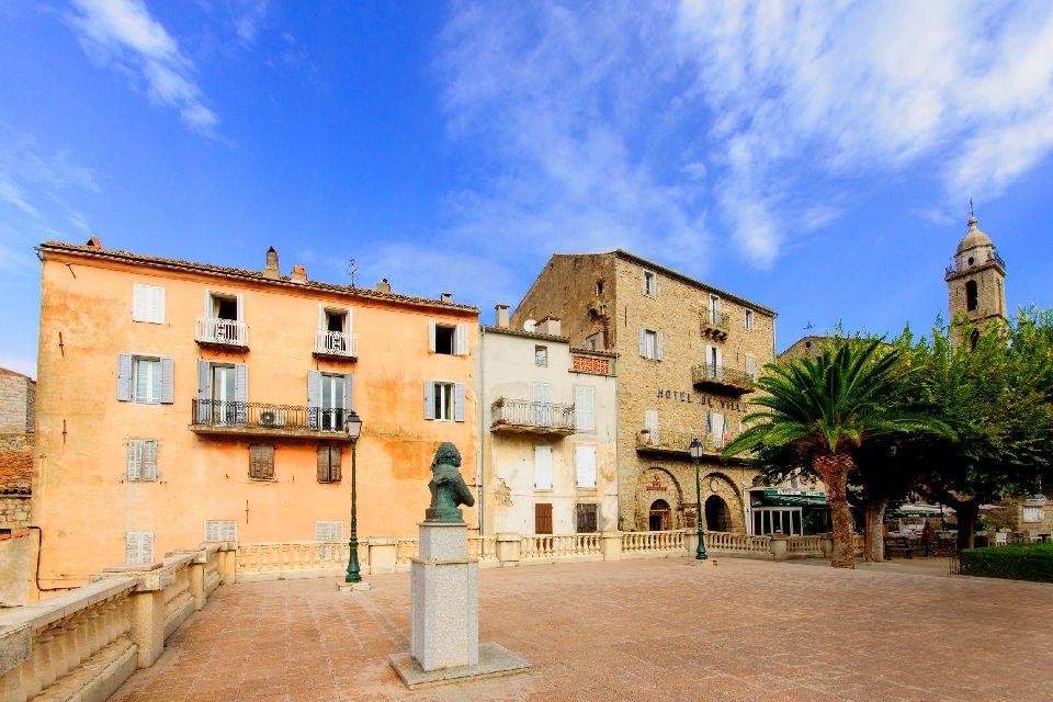 Le village de Sartène , France
