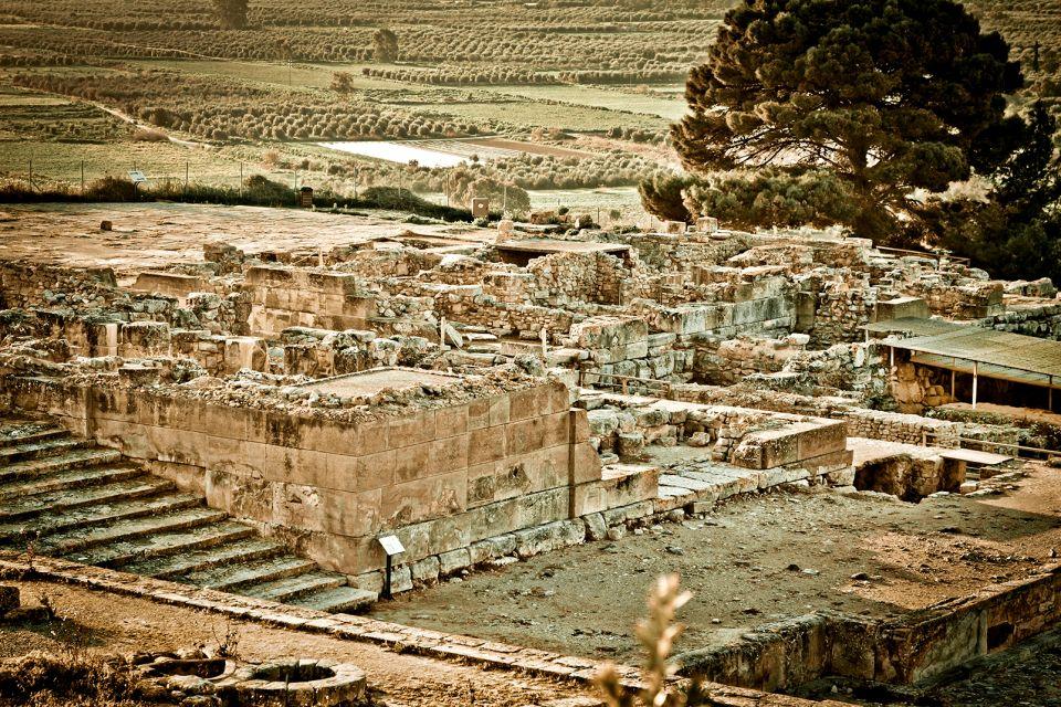 I siti archeologici nel sud di Creta, La costa meridionale, Le rive, Creta