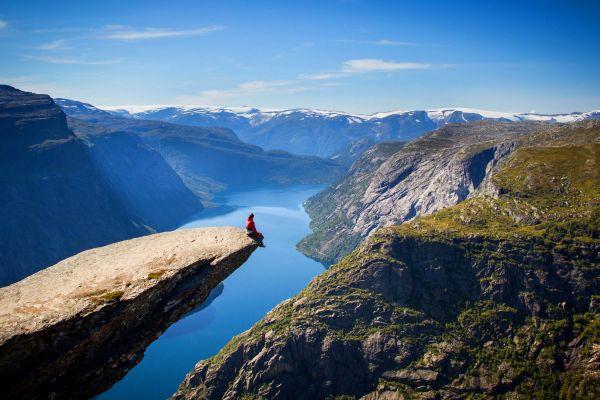 Trolltunga , Norvège
