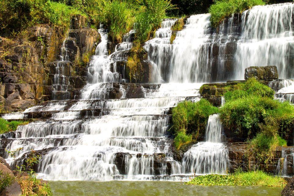 """Résultat de recherche d'images pour """"photos chutes d'eau de Dalanta"""""""
