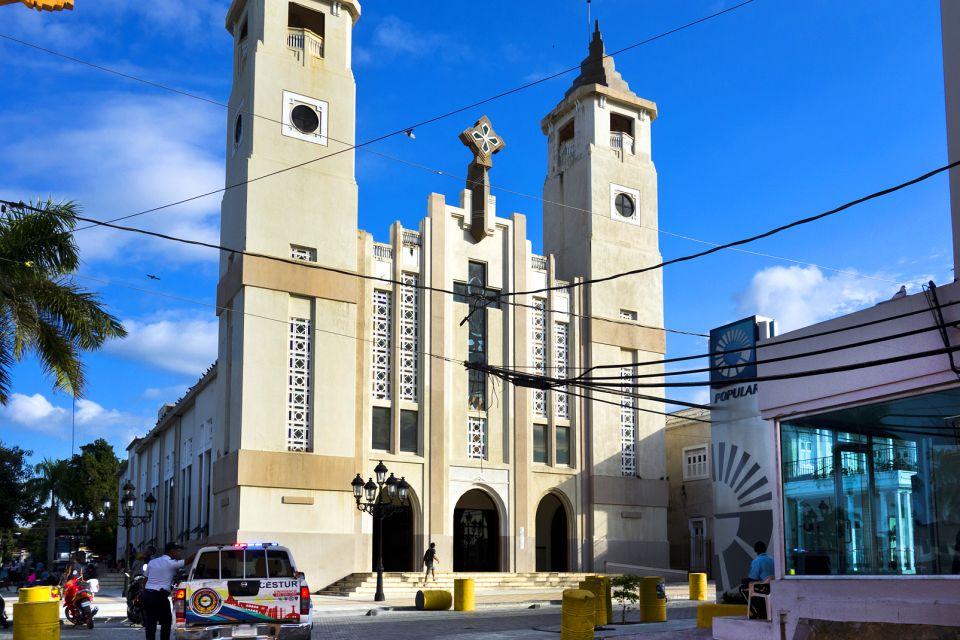 Les monuments et les balades, Vieille ville Puerto Plata République Dominicaine Caraïbes église