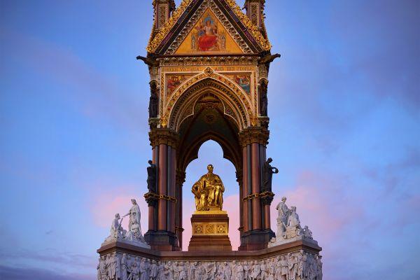 Les parcs naturels et jardins, Royaume-Uni Angleterre Londres jardin Kensington Hyde park parc albert memorial