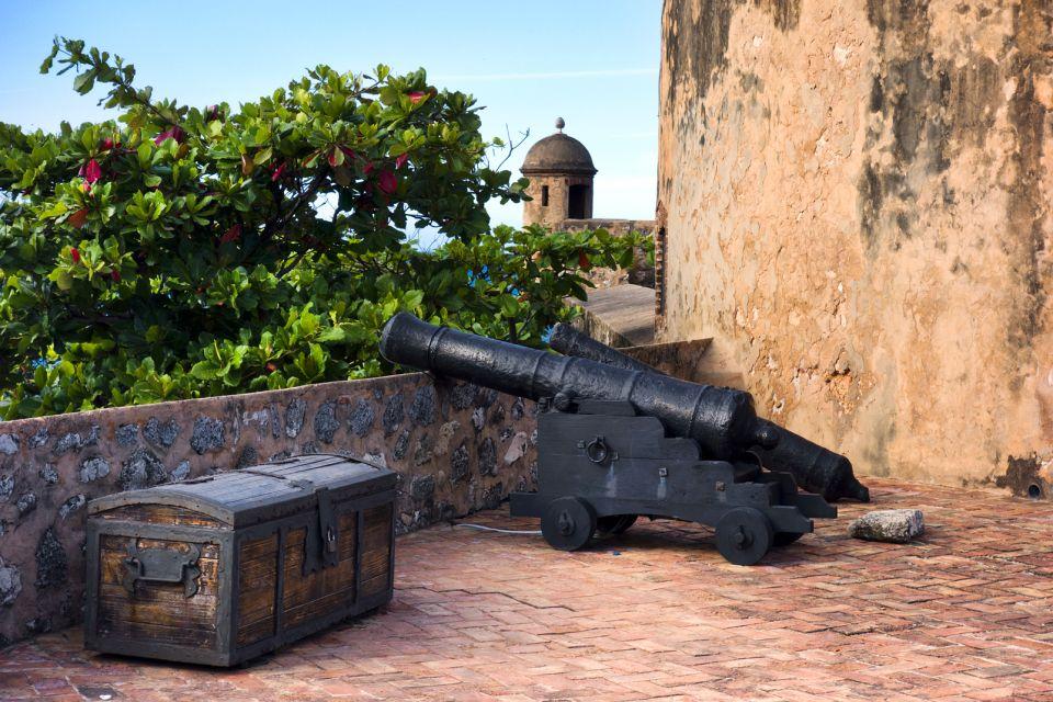 Les monuments et les balades, Citadelle Puerto Plata République Dominicaine Caraïbes canon