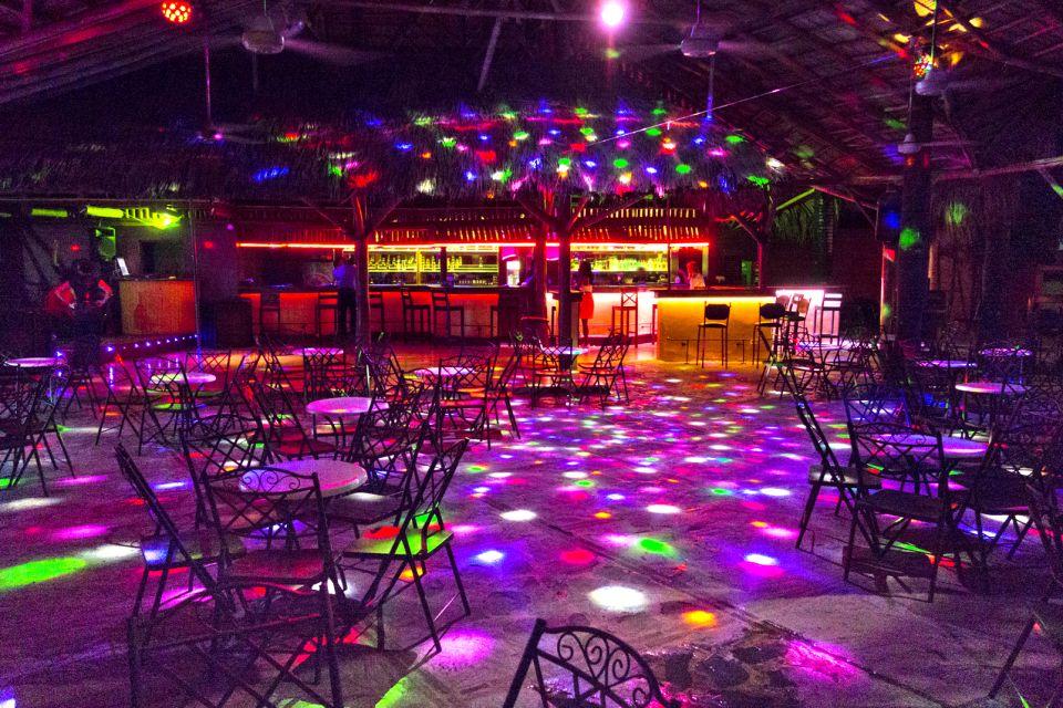 Les arts et la culture, Las Terrenas night bar discothèque boîte de nuit restaurant République Dominicaine Caraïbes