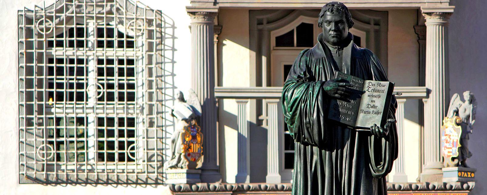 Les arts et la culture, Wittenberg Allemagne Saxe-Anhalt Europe Luther Statue mairie ville