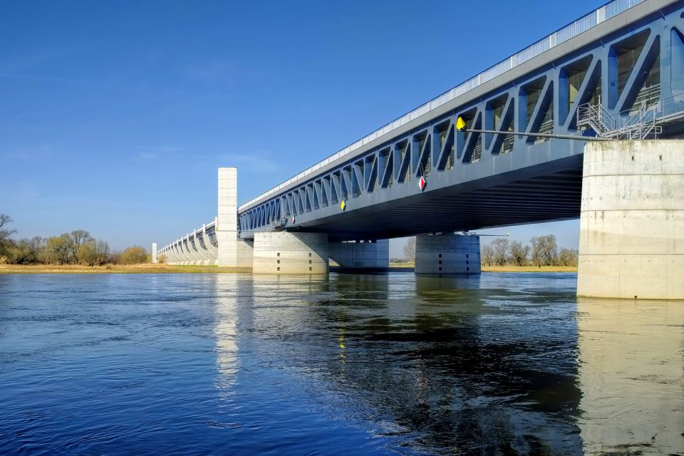 Les sorties, Pont Canal Magdebourg Allemagne Saxe-Anhal Europe fleuve rivière