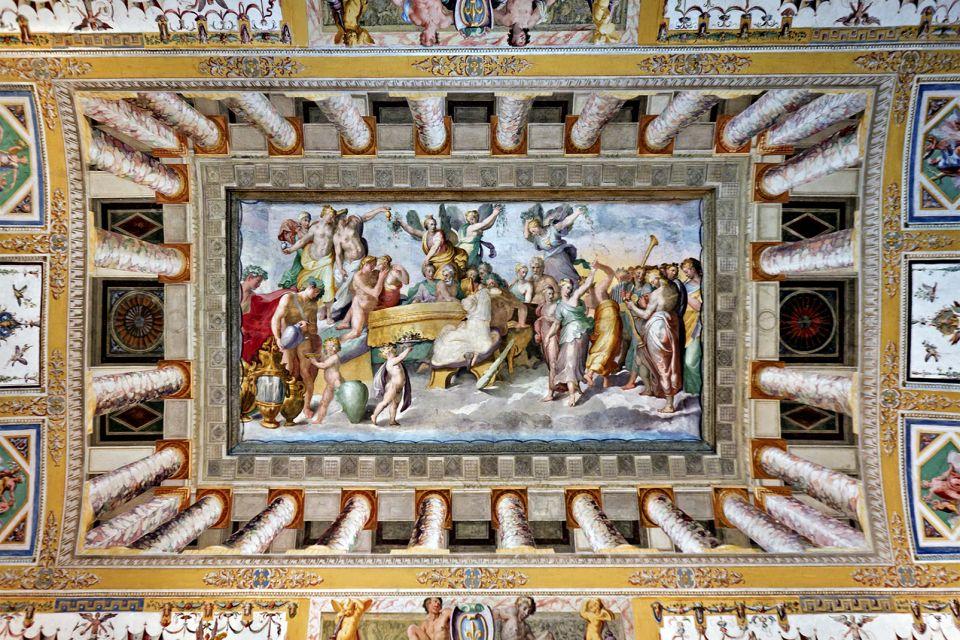 Les monuments, Italie europe villa villa d'este latium fontaine eau tivoli peinture art plafond unesco