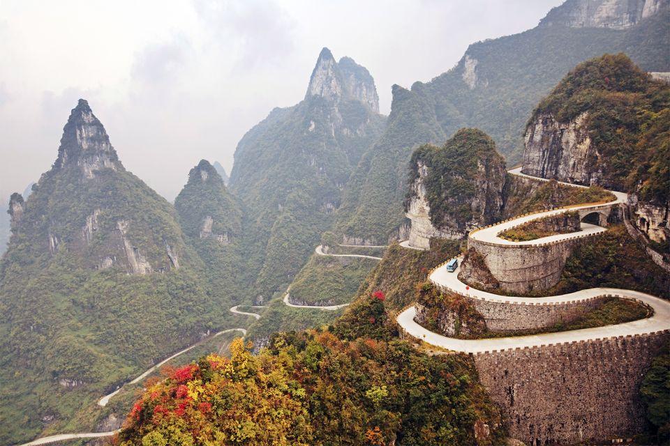 Mountain road, Le parc national de Zhangjiajie, Les paysages, Les provinces de l'Est