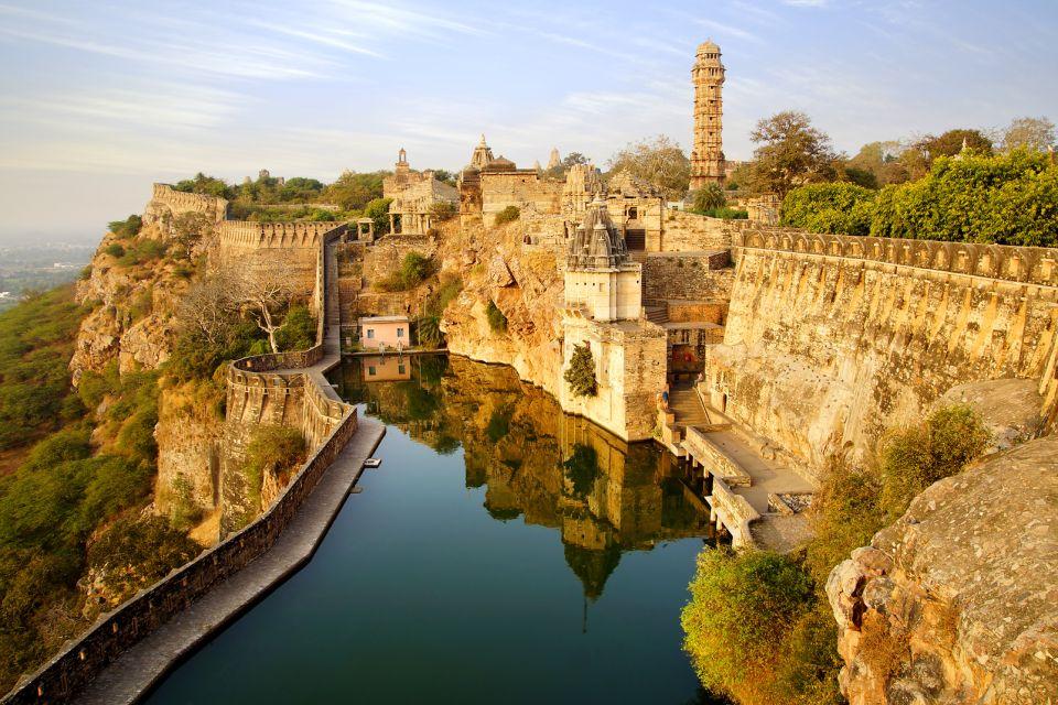 177294688, Les forts de colline du Rajasthan, Les monuments, Rajasthan
