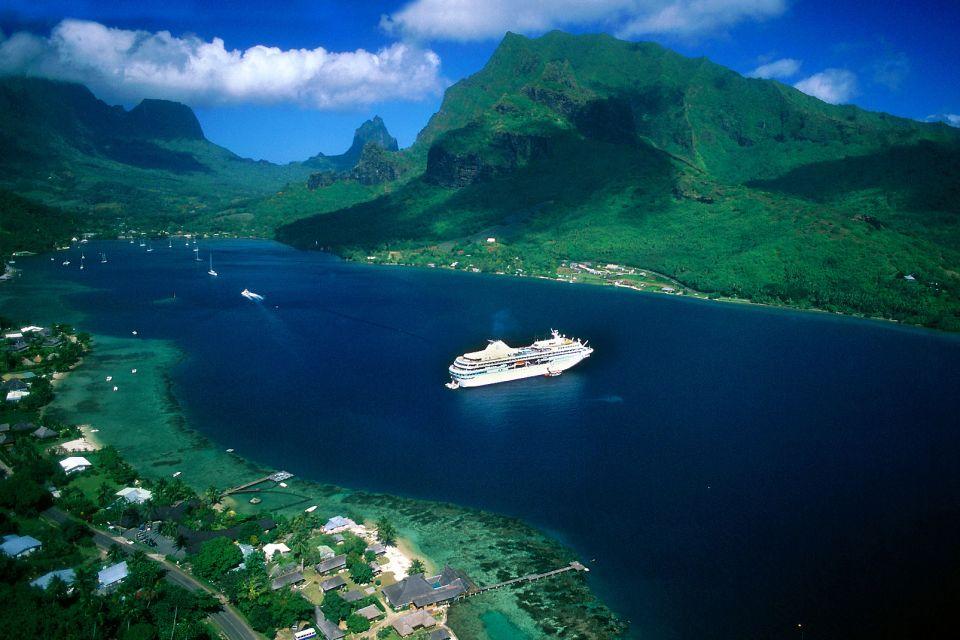 La baie de Cook à Moorea, Les paysages, Tahiti et l'archipel de la Société