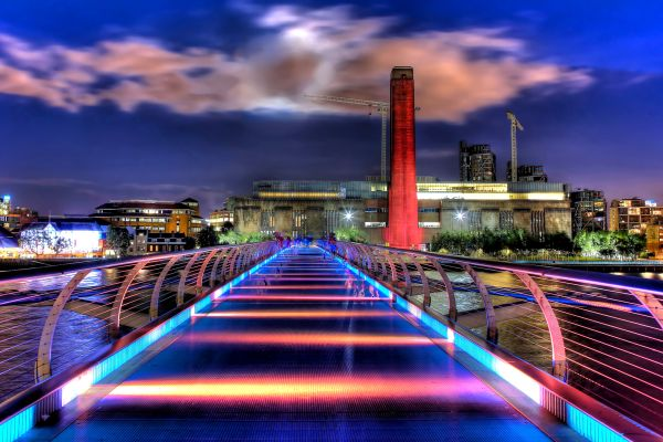 Les arts et la culture, Tate Modern, London Millennium Footbridge, London - England, Urban Scene, Long Exposure, Night, Thames River, River, City, Hdr