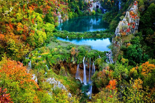 Der Plitvice Nationalpark , Touristen im Plitvice-Nationalpark , Kroatien