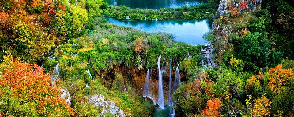 Un lac dans le parc national de Plitvice