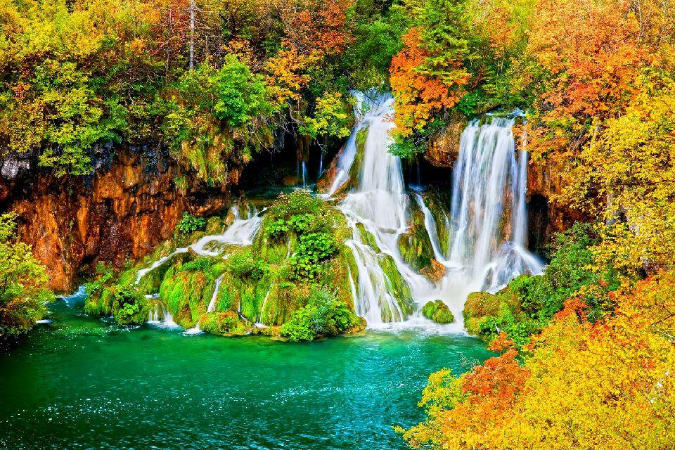 Le parc national de Plitvice , Cascades dans le parc national de Plitvice , Croatie