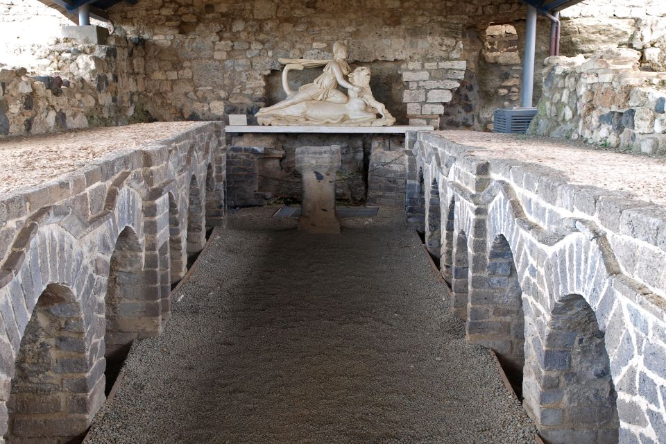 Les sites archéologiques, Montalto di Castro, italie, europe, latium, lazio, vulci, archéologie, chateau, abbadia, étrusques, sculpture, art