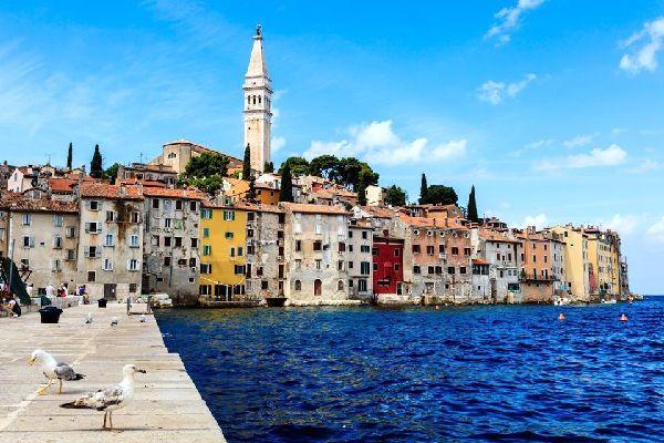 Le città costiere , Villaggio della regione della Dalmazia, Croaz , Croazia