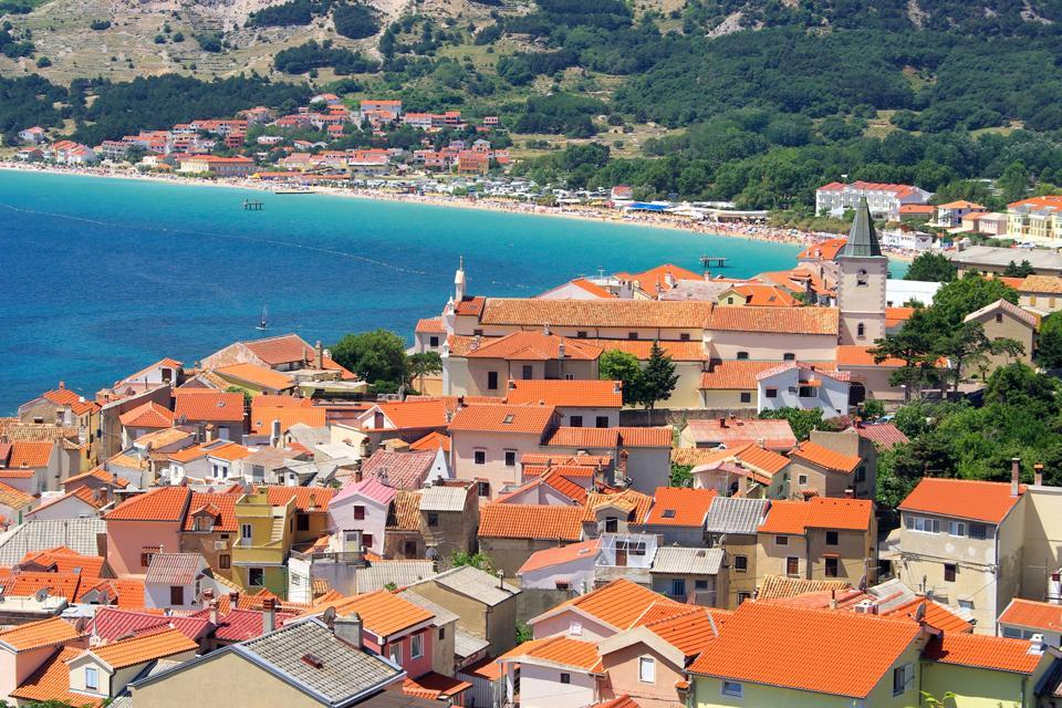 Le isole , Un'isola pittoresca in Croazia , Croazia