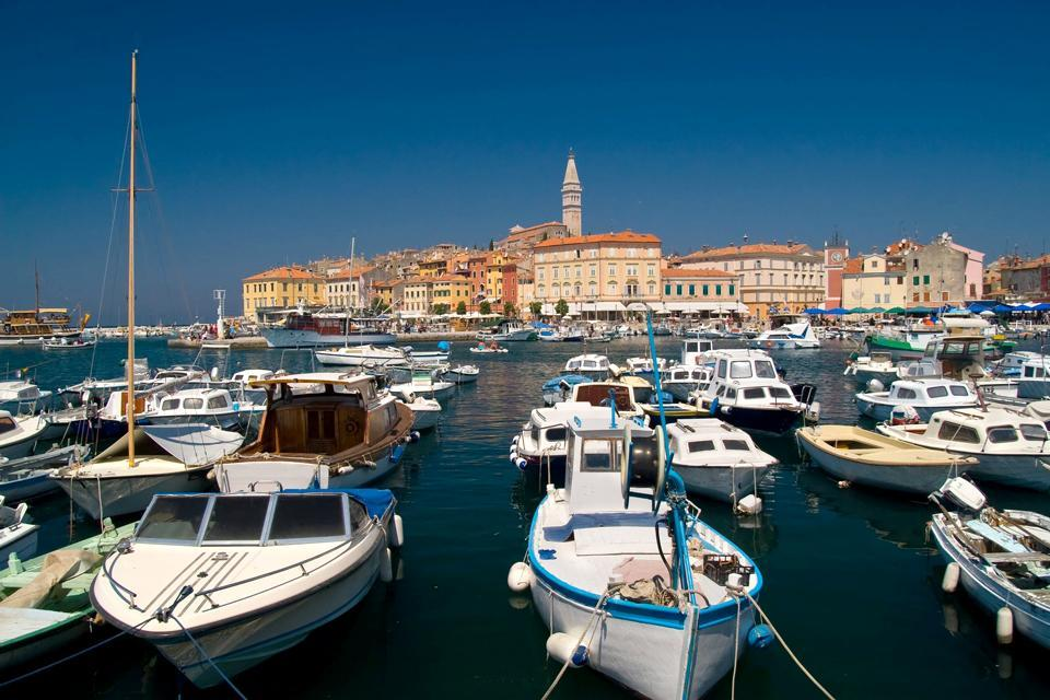 Le isole , Città e porto costieri in Croazia , Croazia