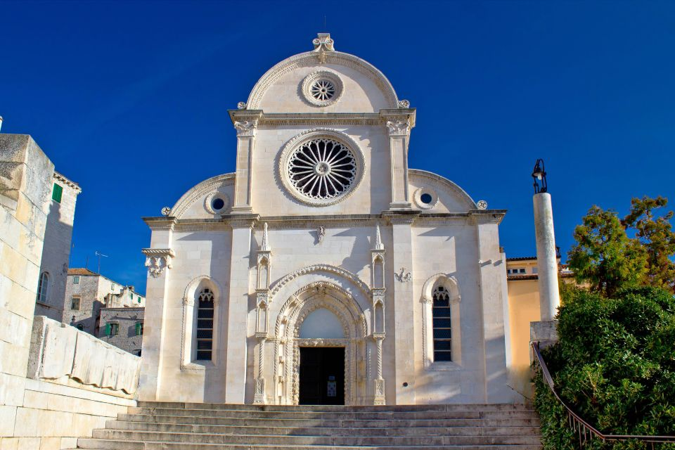 Les monuments, sibenik, dalmatie: croatie, afriatique, europe, cathédrale, église