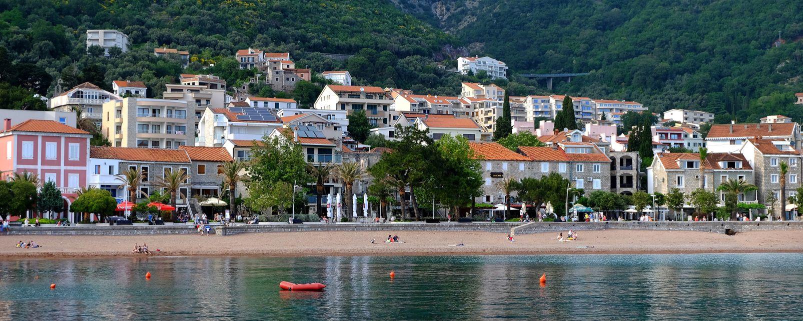 , La baie de Petrovac, Les côtes, Monténégro