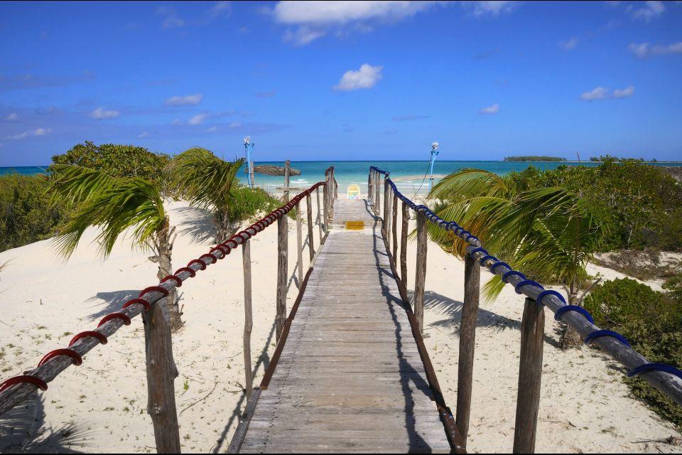 , The beaches of Cayos, Coasts, Cuba
