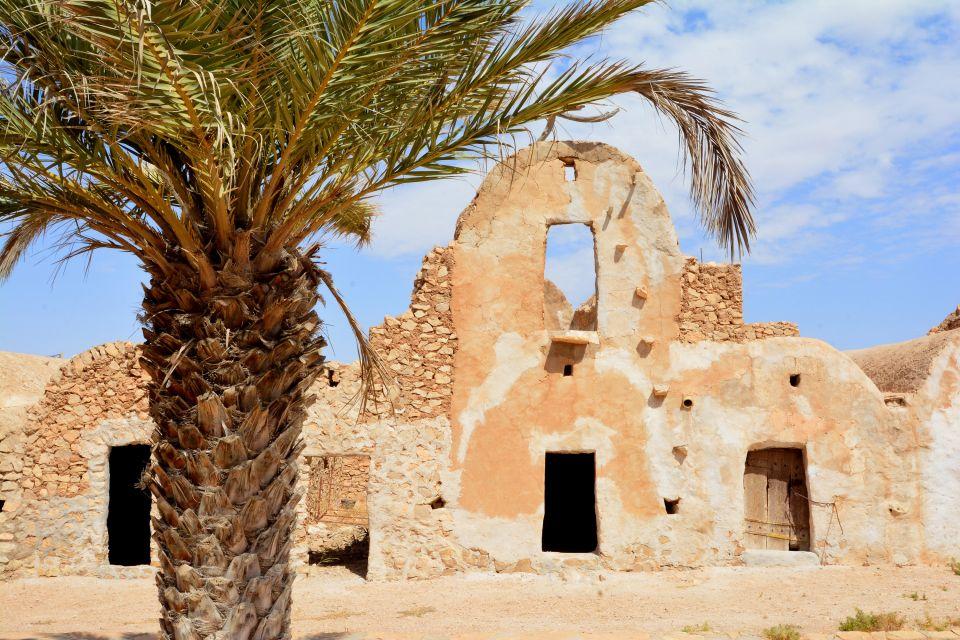 Les châteaux du désert, Tunisie, afrique, maghreb, monde musulman, désert, tataouine, chenini, ksar, el ferch