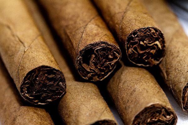 Cuban Cigars , 'Pure' Cuban cigars , Cuba