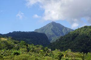 Las montañas , Dominica