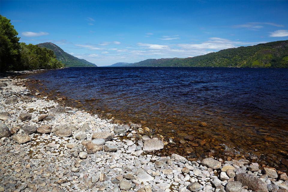 El lago Ness , El Lago Ness en Escocia , Reino Unido