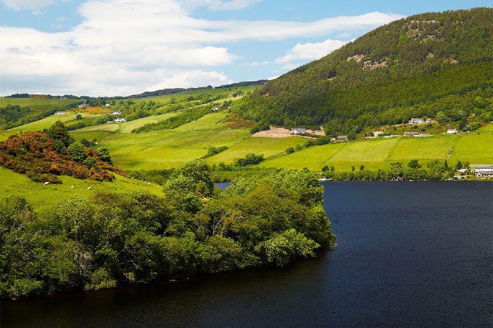 El lago Ness , Las Tierras Altas de Escocia , Reino Unido